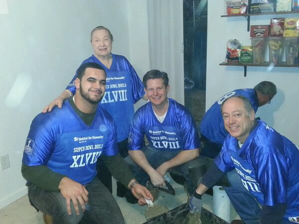 Aboushi joined by CEO of Habitat for Humanity Heatherton preparing to volunteer. Image Credit: Habitat NYC