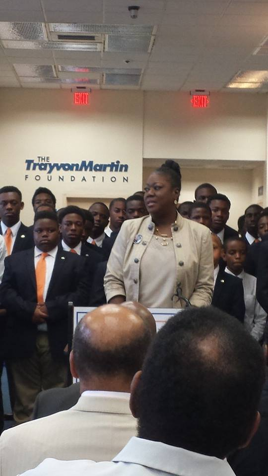 Sybrina Fulton talking to the crowd at freshly opened Foundation Headquarters at F.M.U Image Courtesy: Facebook